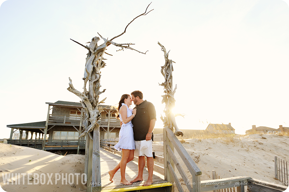 whiteboxphoto.com photograph, sara brennan-harrell, photographs an engagement session at the outer banks of nc.