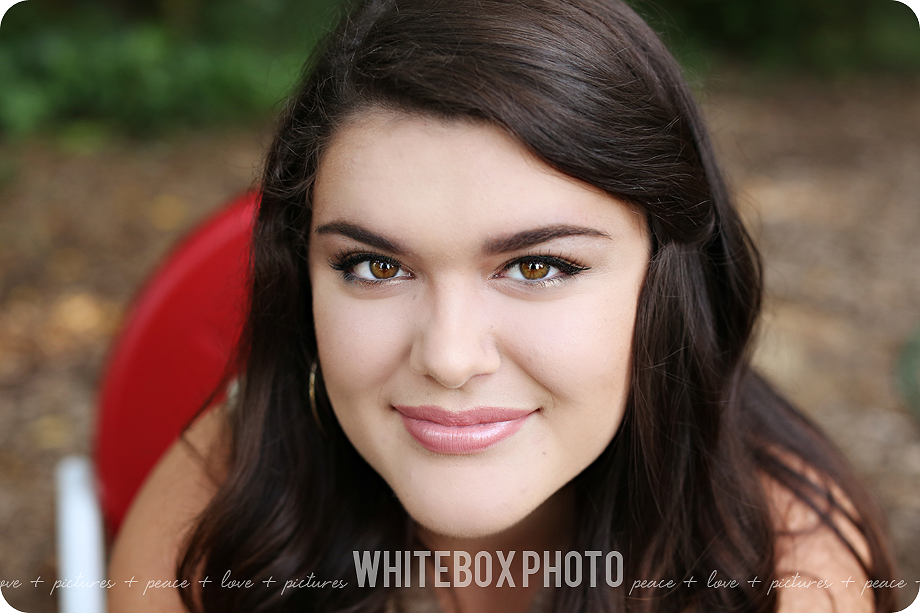 look at this photogenic senior! ashlyn and i had so much fun during her senior portrait session! lots of warm + fuzzies with ashlyn and her mother making memories at the whitebox photo studio+farm!